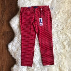 Old Navy The Diva Skinny Ankle Red Printed Pants